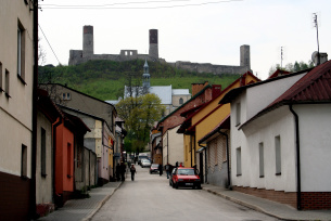 Widok na zamek z Chęcin