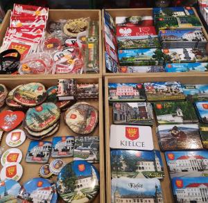Pamiątki regionalne w Cepeli w Kielcach