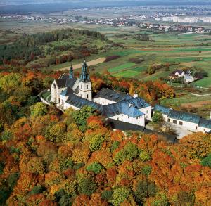 Karczówka - Monastery and Reserve