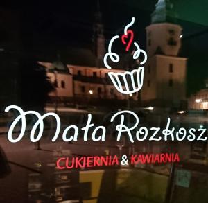 MAŁA ROZKOSZ - cukiernia & kawiarnia