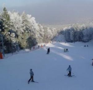 Wyciąg narciarski na Stadionie w Kielcach