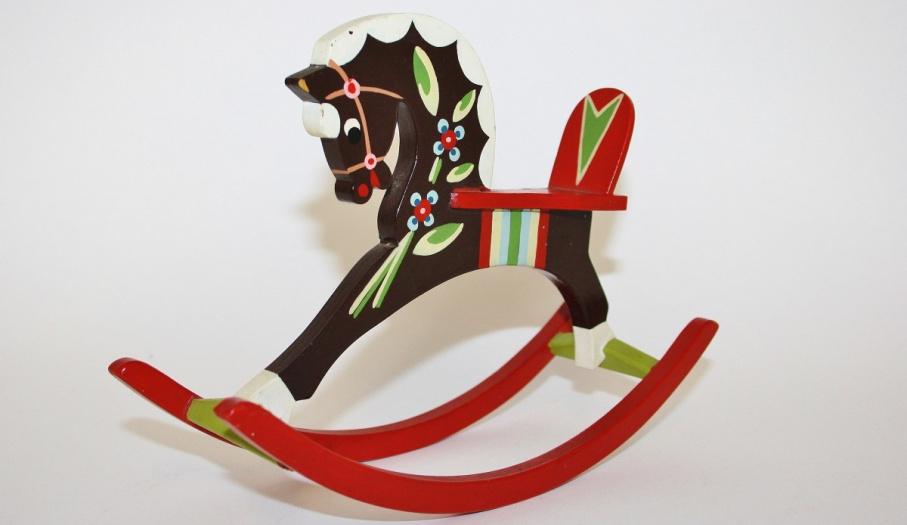 Konie - zabawki: nowa wystawa w Muzeum Zabawy i Zabawek w Kielcach