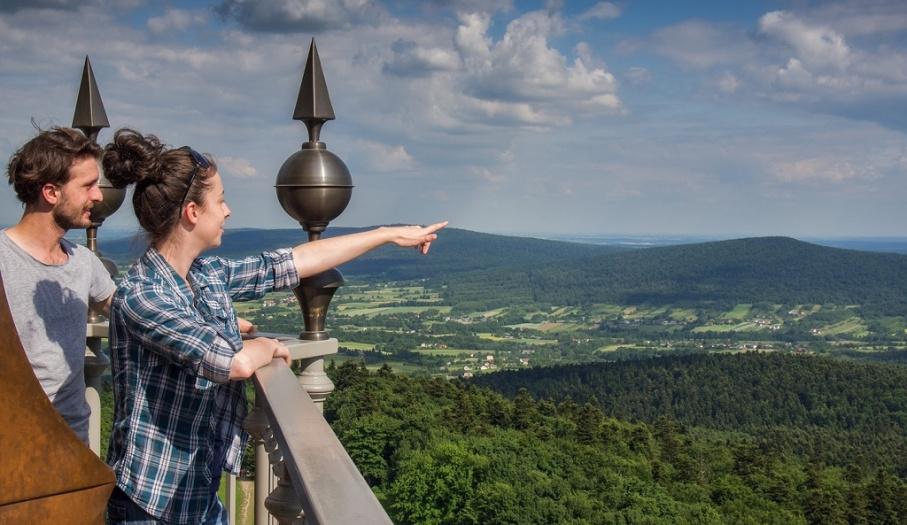 Wieża klasztoru na Łysej Górze