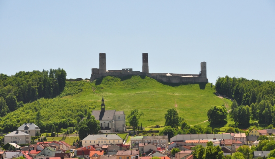 Castle Mountain in Chęciny
