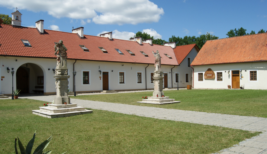 Golden Forest Hermitage in Rytwiany