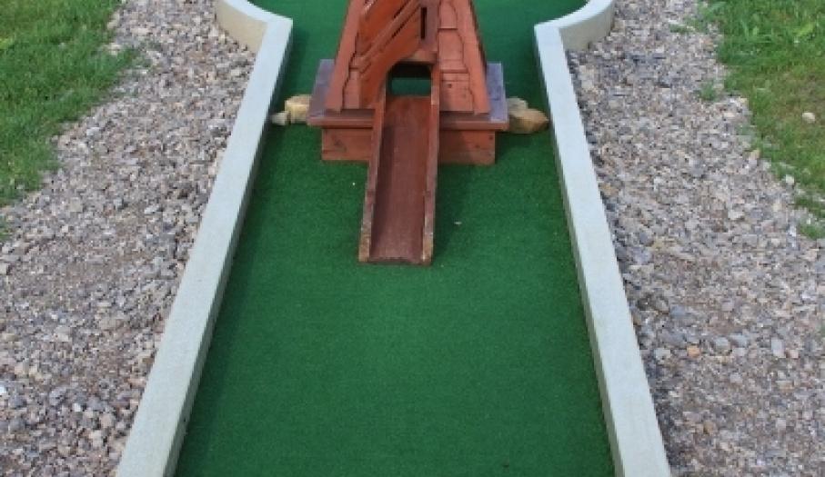 Mini Golf EMI