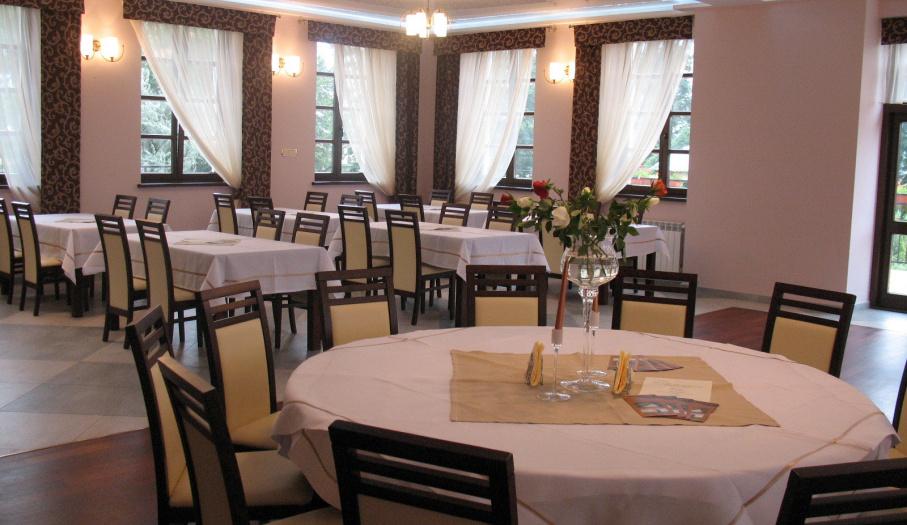 Restauracja w Hotelu Rytwiany