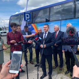 Konferencja inaugurująca połączenie autokarowe z Kielc na Święty Krzyż