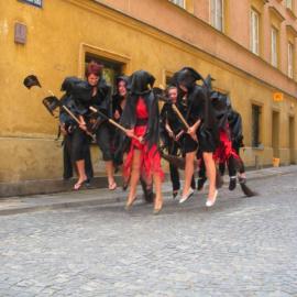 Czarownice przyleciały do Warszawy